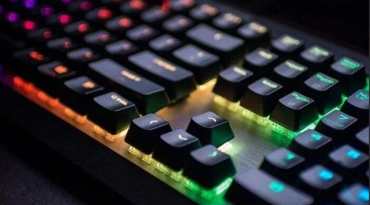 какая клавиатура лучше механическая или мембранная